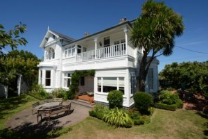 b&b new plymouth